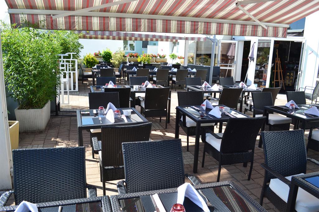 restaurant chinois terrasse ensoleillée